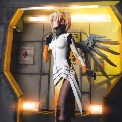 mercy-overwatch-cosplay-11