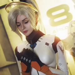 mercy-overwatch-cosplay-7