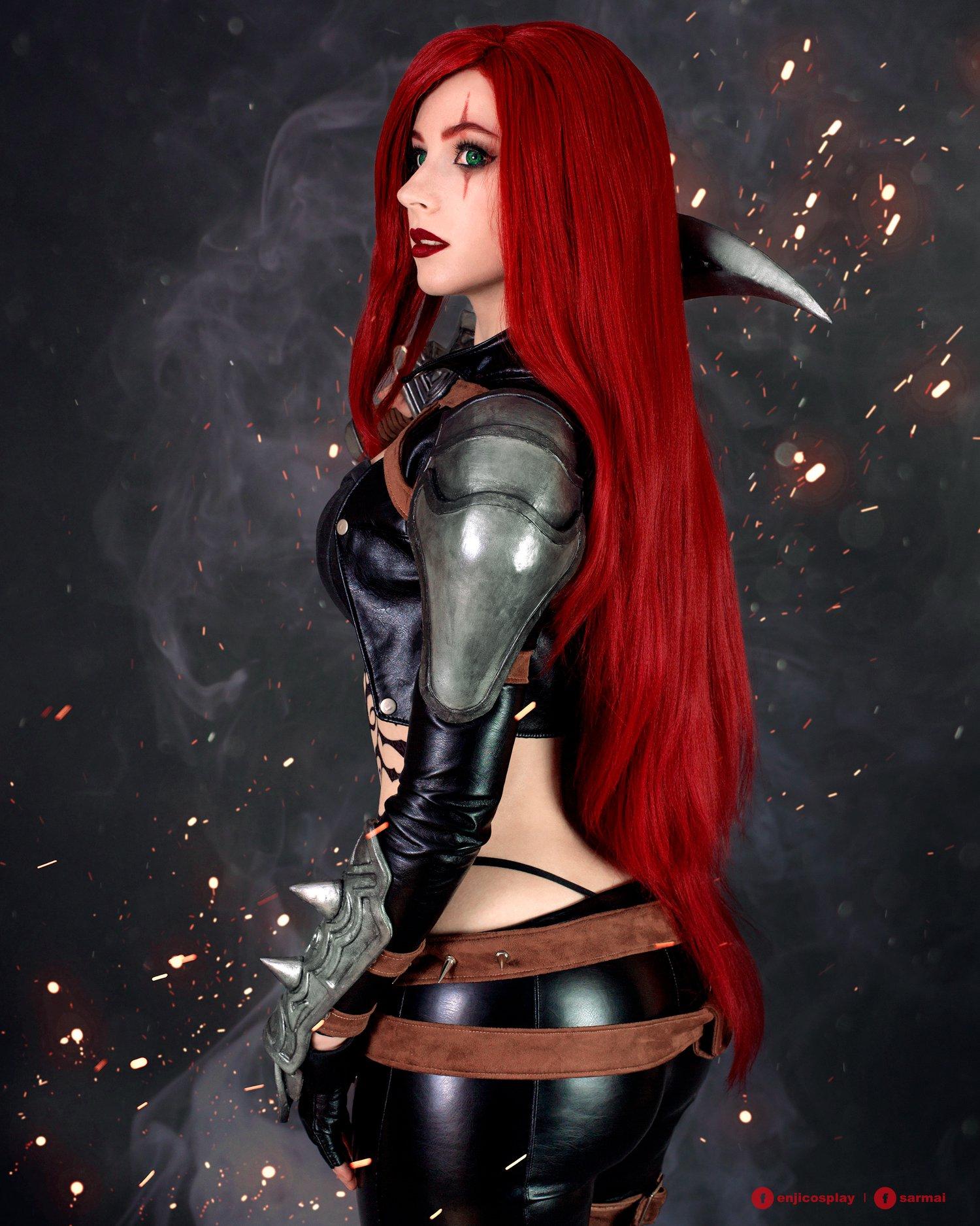 Amazing Katarina Cosplay by Enji Night