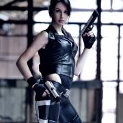 lara-croft-doppleganger-cosplay-by-lena-lara (6)