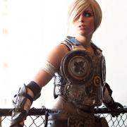 meagan-marie-anya-gears-of-war-3-cosplay-4