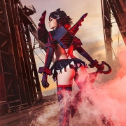 Ryuko-Matoi-Cosplay-6.jpg